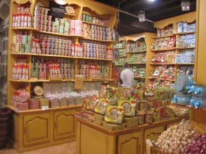 076 - Candy Store in Carcassonnee
